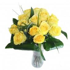 Buchet 15 trandafiri galbeni